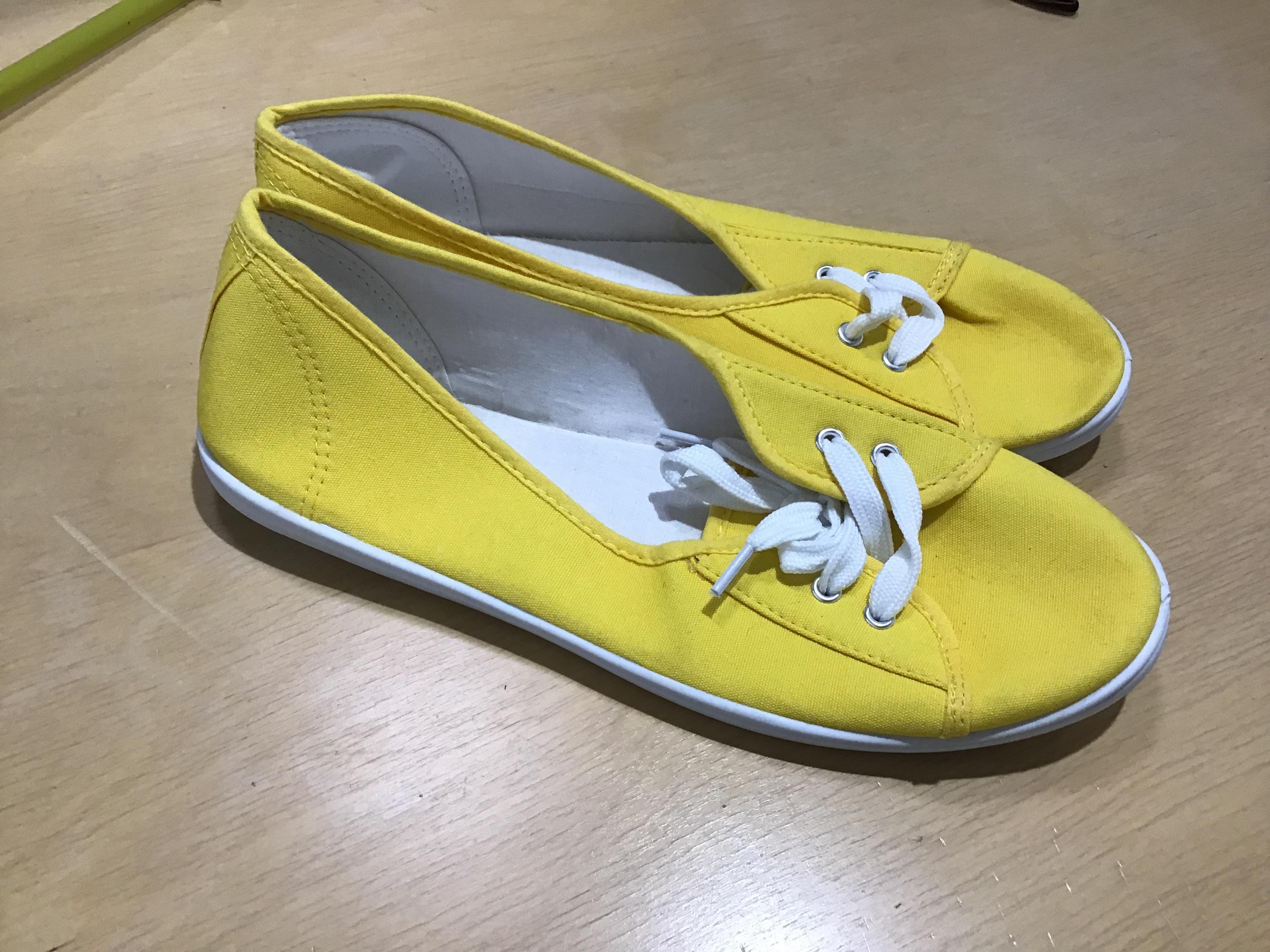 Delicate vapaa ajan kengät